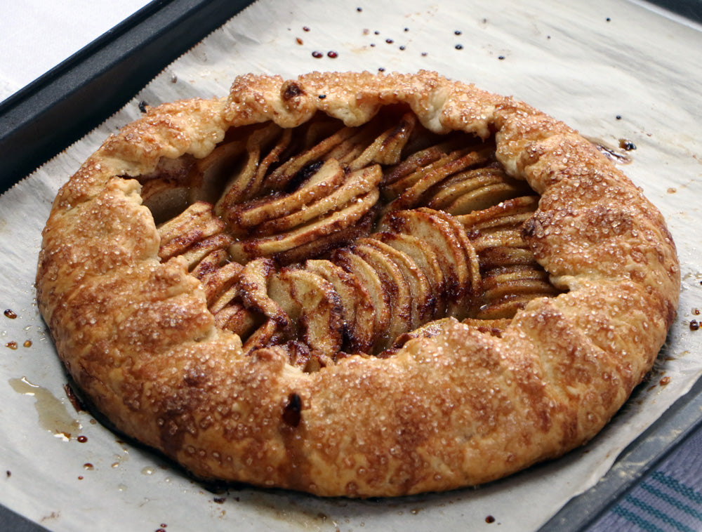 Easy As Galette Apple Pie - Ani & Fabi: Canada's first gourmet baking kits