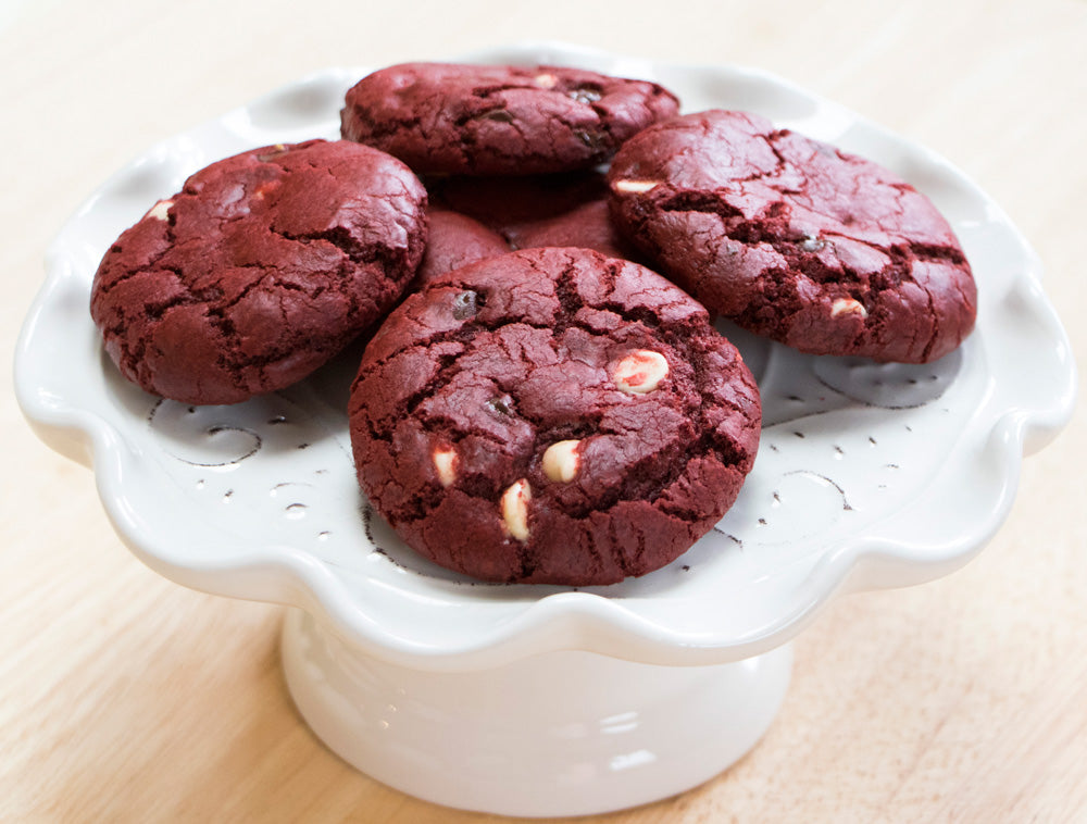 Red Velvet Chocolate Chip Cookies, red velvet desserts, easy desserts, easy recipe, Ani & Fabi, ani and fabi, chocolate desserts, pre-measured ingredients, baking kits