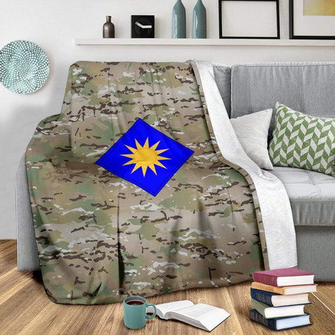 Image of fleece blanket 40th Infantry Division Camo Fleece Throw Blanket
