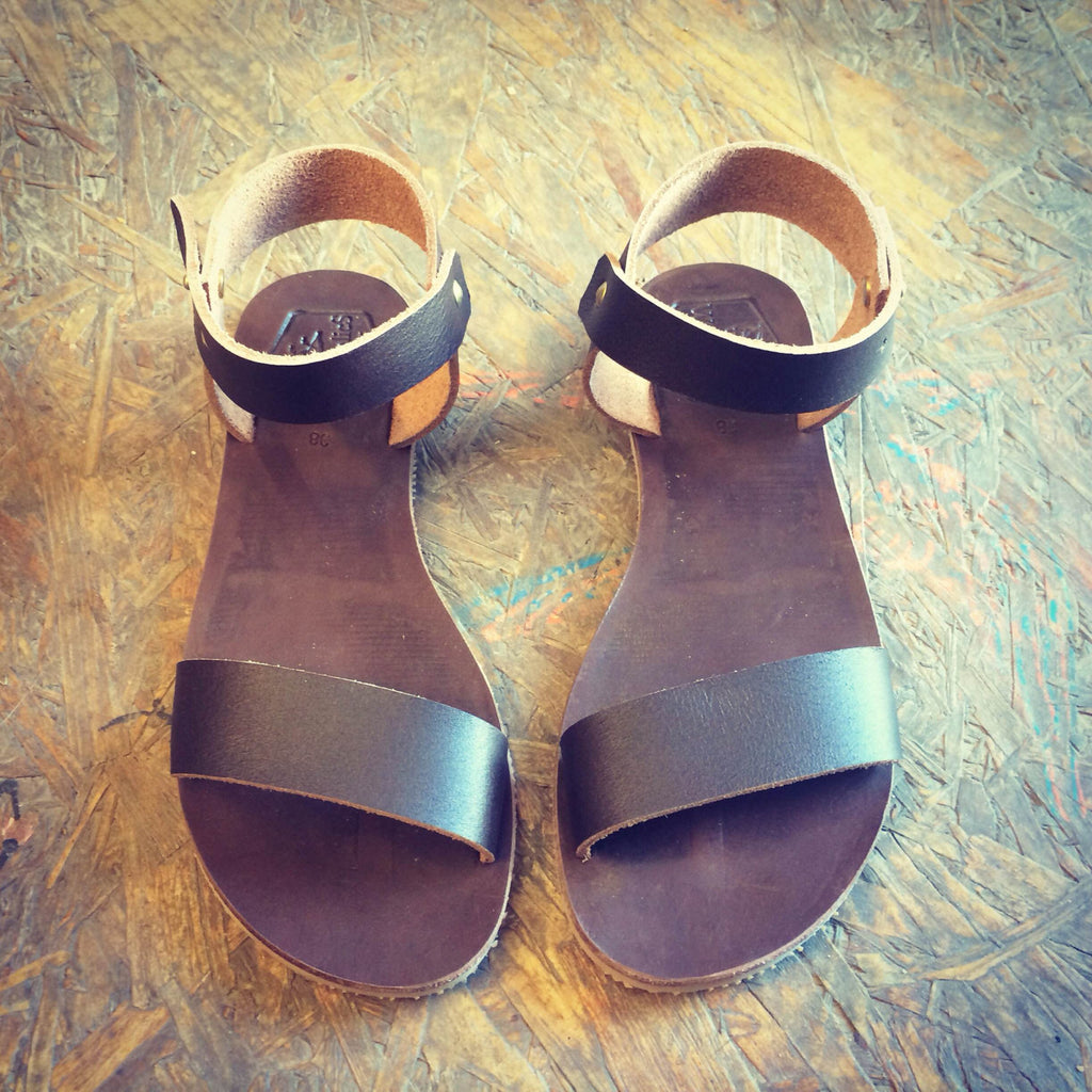 Brown Escondido Leather Sandals for Men & Women