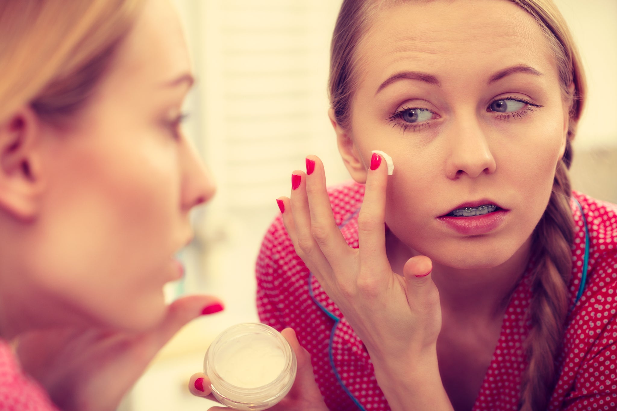 The Importance of Skin hydration when Fighting Acne