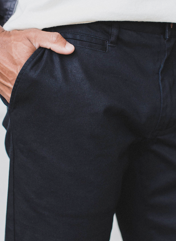 The Slim Chino - Organic Stretch Coal