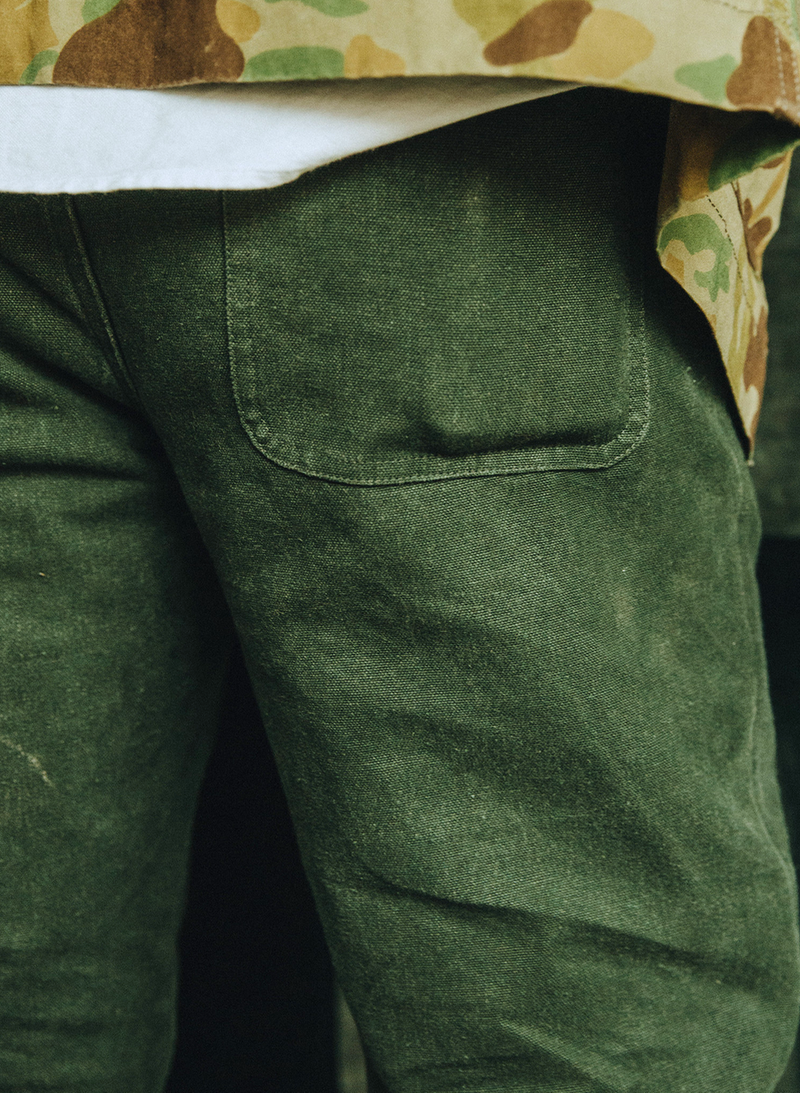 The Camp Pant - Dark Olive Boss Duck