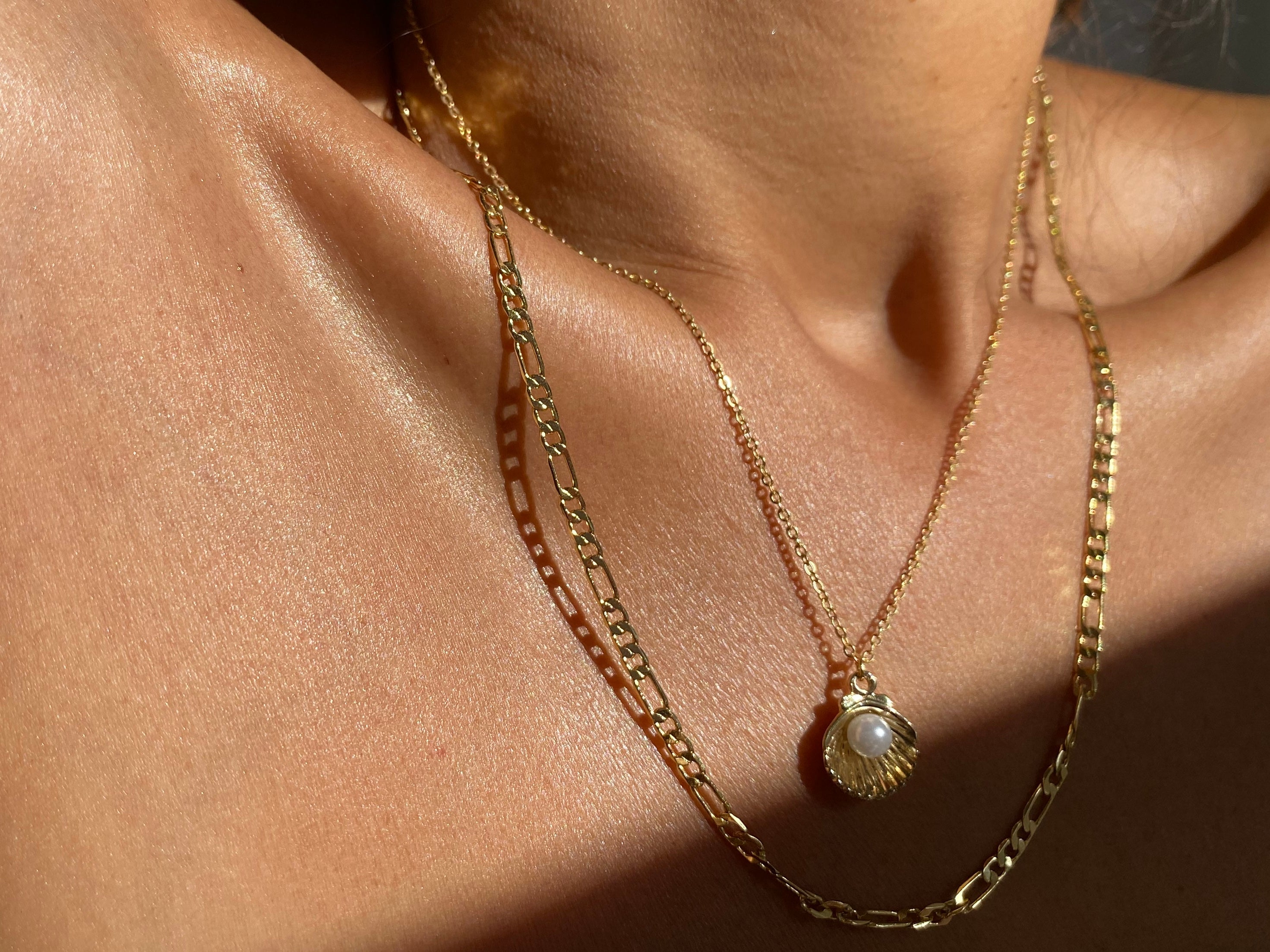 Figaro Gold chain, gold necklace, long gold necklace, gold chain jewelry, pearl necklace