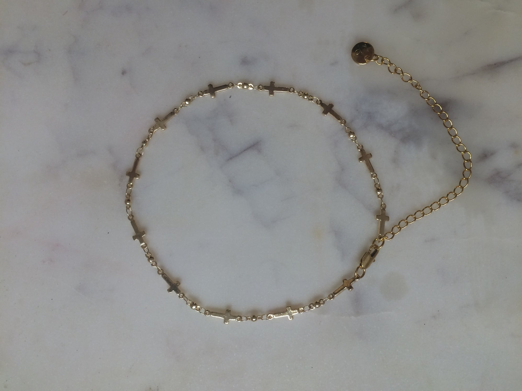 cross choker, cross necklace,thin choker, thin chain, thin necklace, thick necklace, thick choker, gold choker, gold chain, cross choker necklace