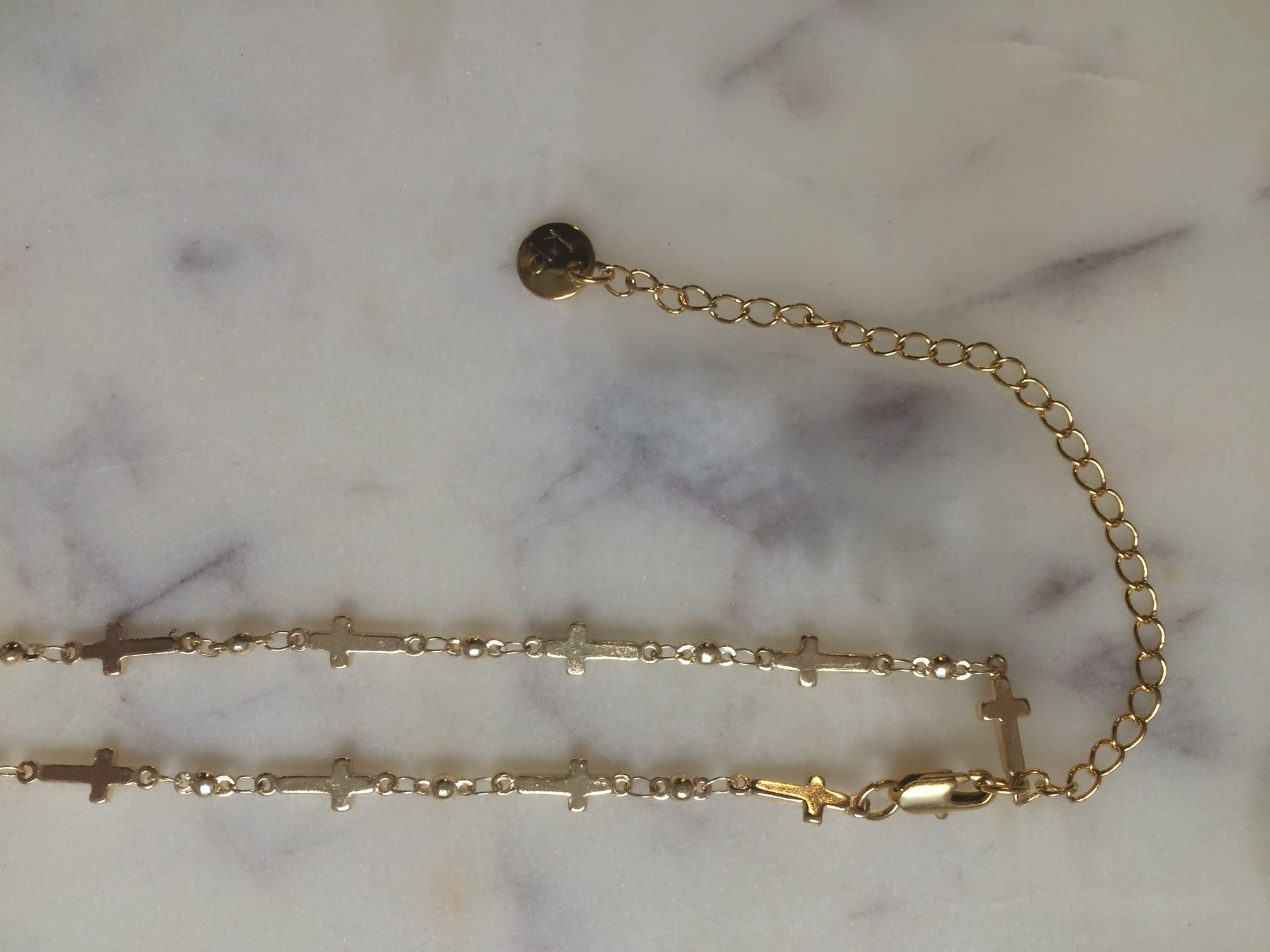 cross choker, cross necklace,thin choker, thin chain, thin necklace, thick necklace, thick choker, gold choker, gold chain, cross choker necklace, jesus choker