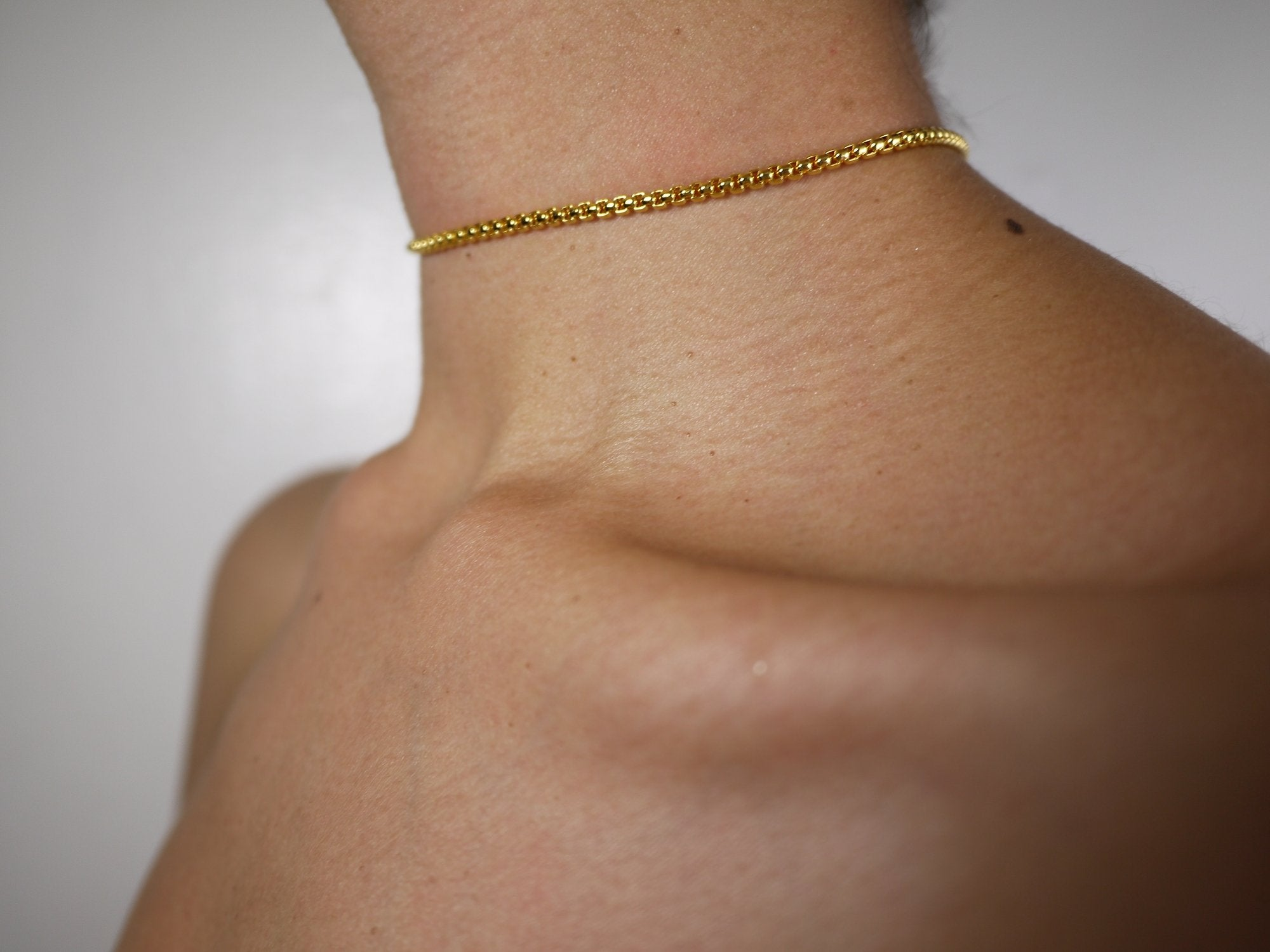 thin choker, thin chain, thin necklace, thick necklace, thick choker, gold choker, gold chain