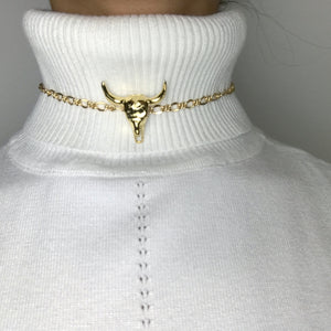 gold patterned chain choker, gold plated chain, gold plated choker, gold necklace, gold choker,gold linked chain, likned chain choker, thick choker chain,gold chain choker necklace,gold chain choker set,gold plated brass choker,dainty gold chain choker,cow skull choker,cow skull neckless,bull skull jewelry,shinny cow skull, cow skull gold, gold cow skull