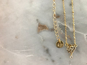 gold patterned chain choker, gold plated chain, gold plated choker, gold necklace, gold choker,gold linked chain, likned chain choker, thick choker chain,gold chain choker necklace,gold chain choker set,gold plated brass choker,dainty gold chain choker,rose choker, rose neccklace, rose charm choker, rose charm necklace, rose charm choker,rose necklaces