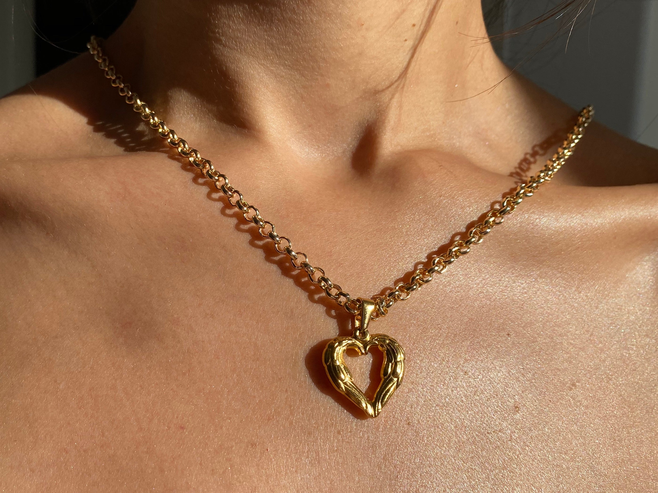 Chunky gold necklace, Heart necklace, unique jewelry, unique necklace, thick necklace, chunky jewelry, chunky jewelry, 90's jewelry