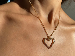 Crystal heart necklace, diamond heart necklace, cute heart necklace, dainty heart necklace, heart necklace, 90s necklace. 90s vibes