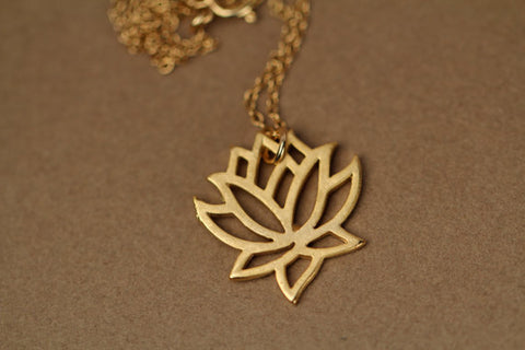 Elegant Vivid Lotus flower Pendant Necklaces for Women - Kawaii Treats