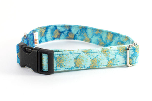 Blue Metallic Gradient adjustable dog collar, medium - Fox Valley Dog Collars