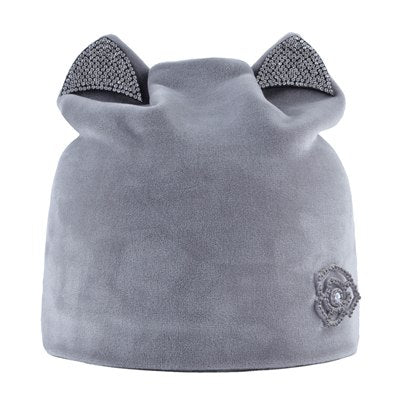 Ladies skullie with mini ears and rose pattern