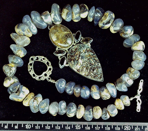 Labradorite mixed pebbles necklace 17.5 inches with 80mm drop pendant