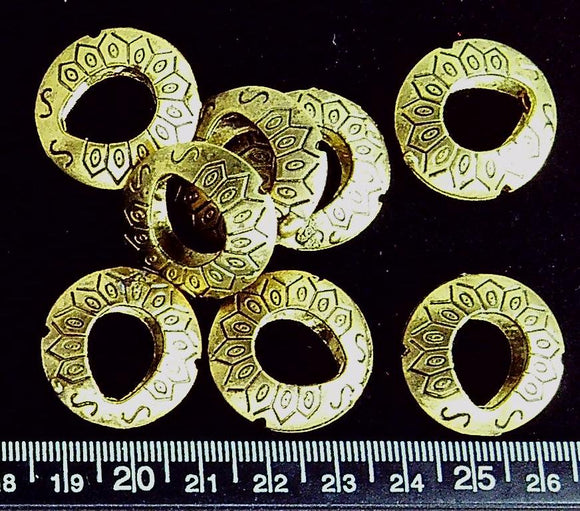 Brass 25mm patterned open circle beads (8 beads)
