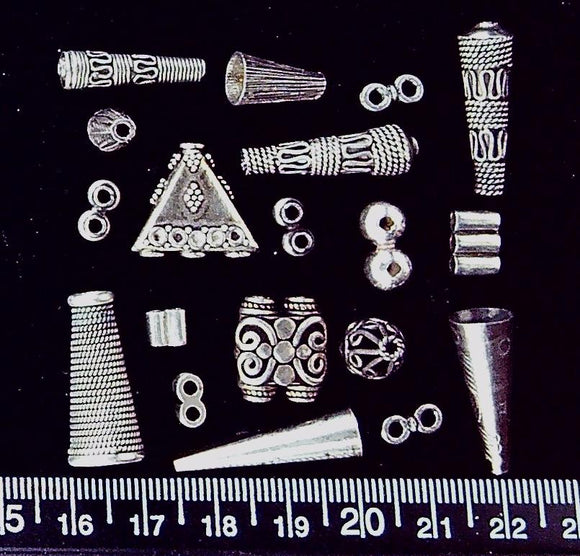 Sterling silver mixed lot (includes multi strand guides, rope covers) (19 beads)