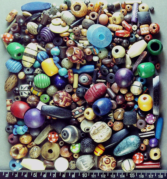 Multi and mixed color/shape wood bead mix (big lot, 200+beads, 194g)