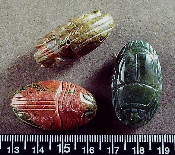 Mixed pink and green jasper drop carved oval beads (20mm x 35mm) 3 beads