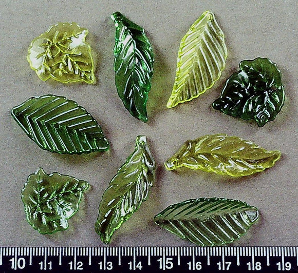 Green acrylic drop mixed leaf beads (largest 40mm x 20mm)(100+ beads)