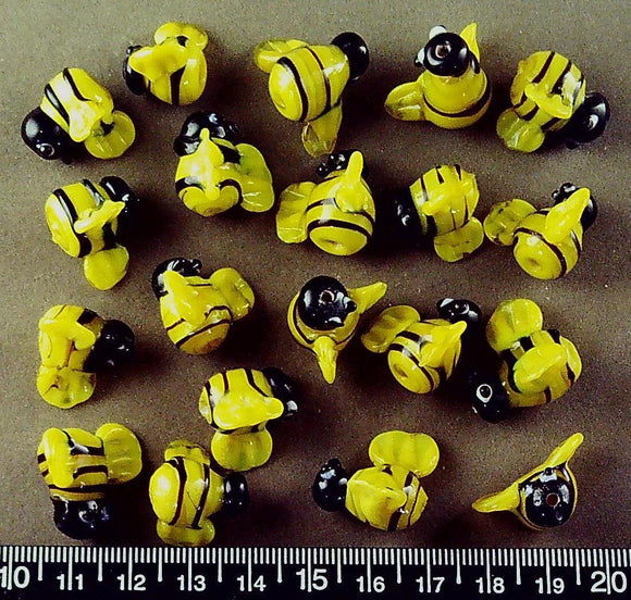 Yellow/black lampwork glass bee beads (18mm x 18mm) (20 beads)