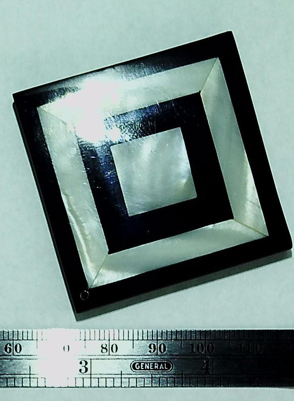 Resin and mother of pearl  inlay black and white 65x65mm corner-drill pendant  (1)