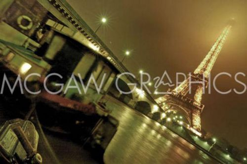 Colour of Paris by Sabri Irmak
