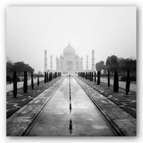 Taj Mahal - A Tribute to Beauty by Nina Papiorek