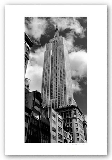 Empire State Building (vertical) by Viktor Balkind