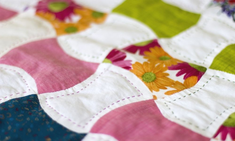 Accessories Needed To Keep Your Quilting Project Organized