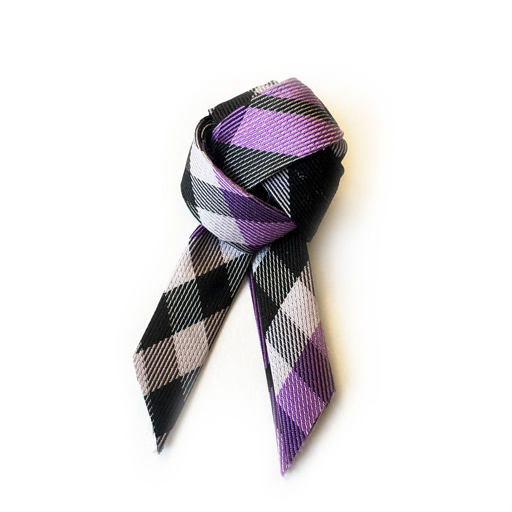Trinity Knot Alzheimer's Awareness Pin