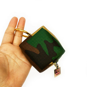 Washington Camo Mini Mini Clip-on Bag
