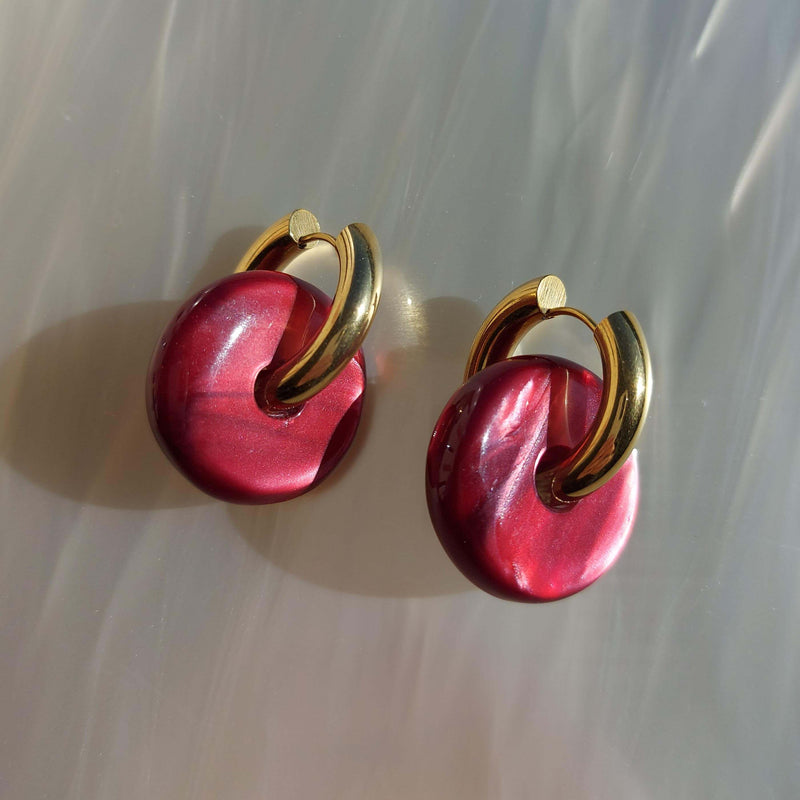 Candy Earrings in Red wine Pearl