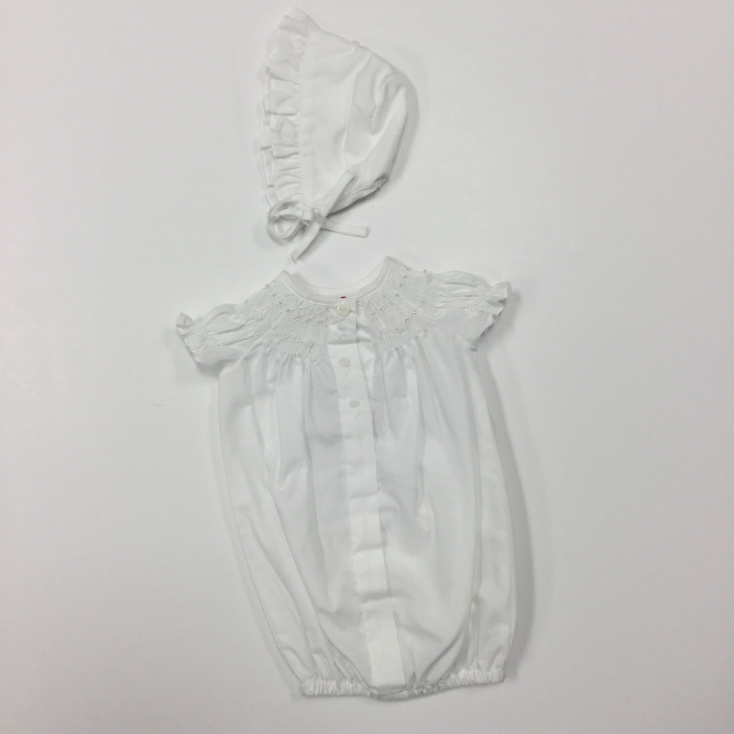 WHITE SMOCKED BISHOP WITH BONNET (013210)