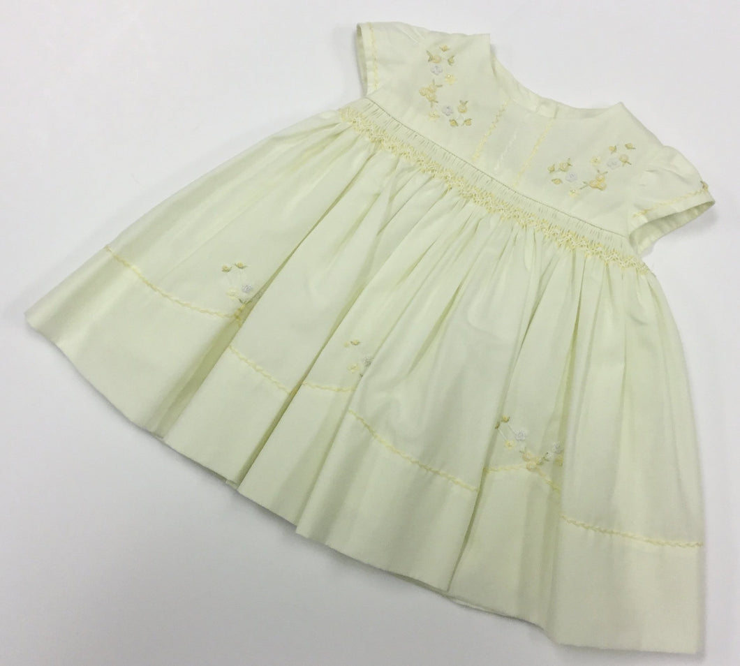 SMOCKED EMBROIDERED DRESS (016374)