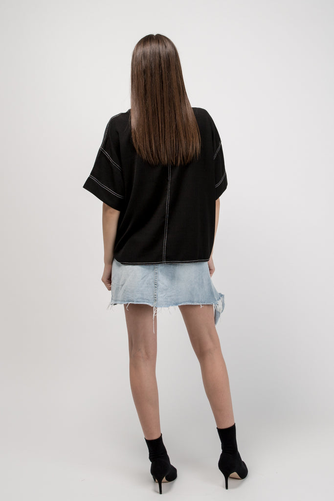 Short Sleeve Top Black With White Stitch