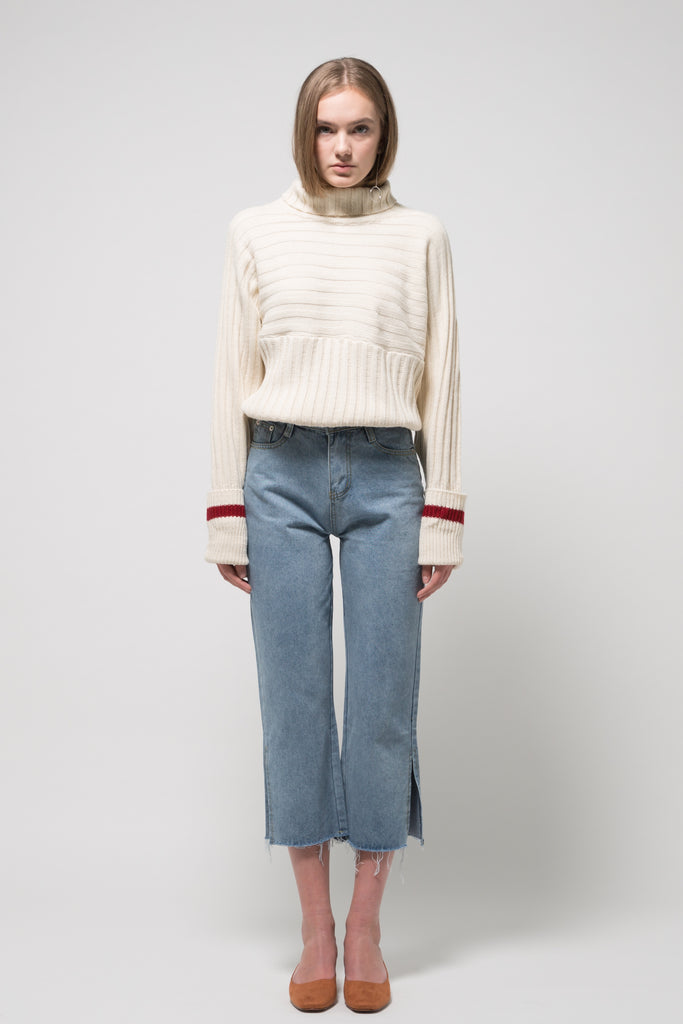 Turtleneck Sweater Cream with Red Line