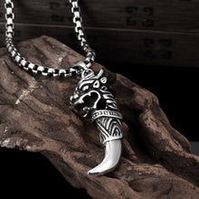 Men's Stainless Steel Dragon Tooth Necklace