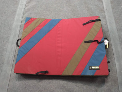 Organic Climbing Simple Crash Pad, Multi Color One of a Kind