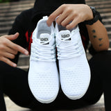 THE FASHION SPORTS SHOES
