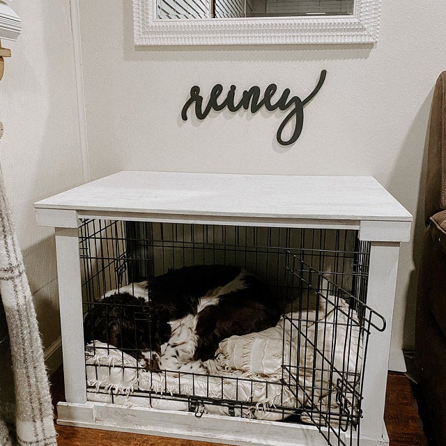 dog name sign over crate