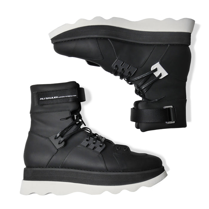 GLACIA Cloud Boots Black