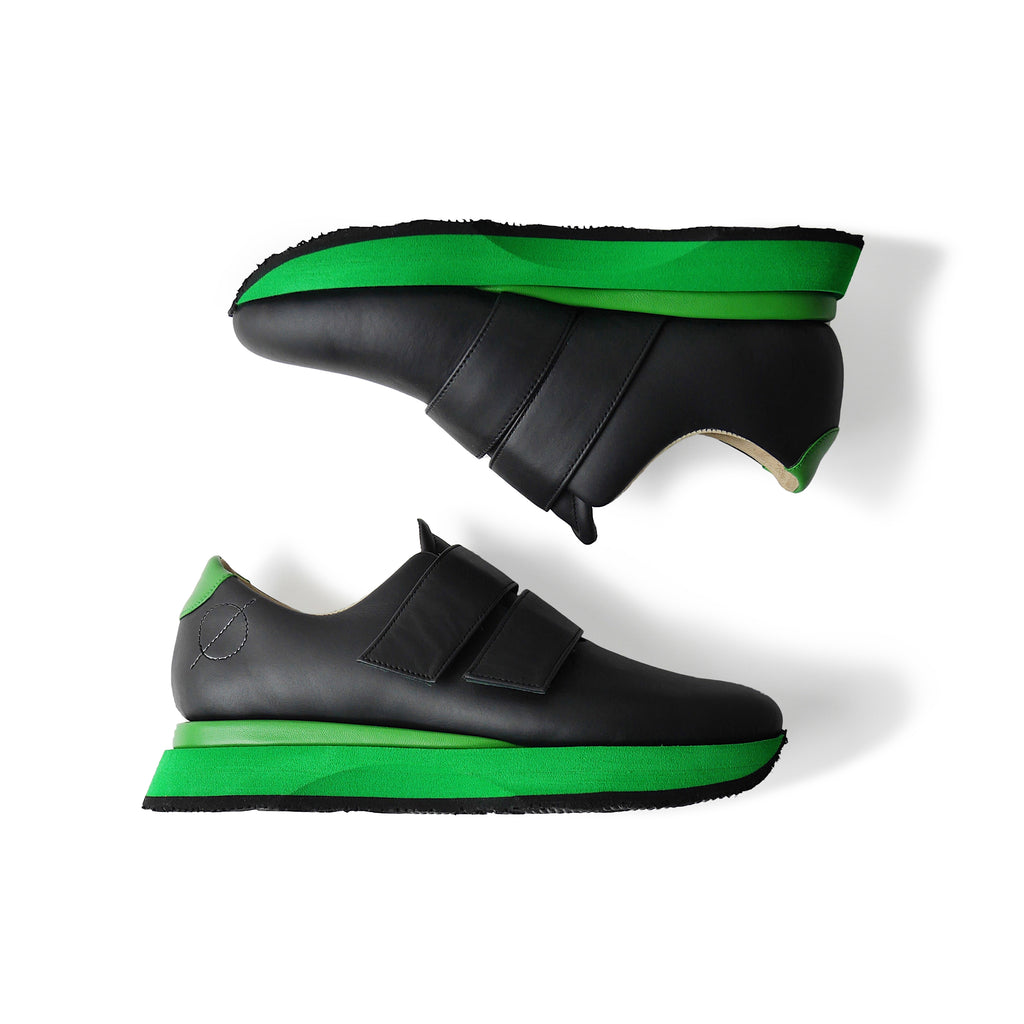 EARTH Low Leather Sneakers Black x Green