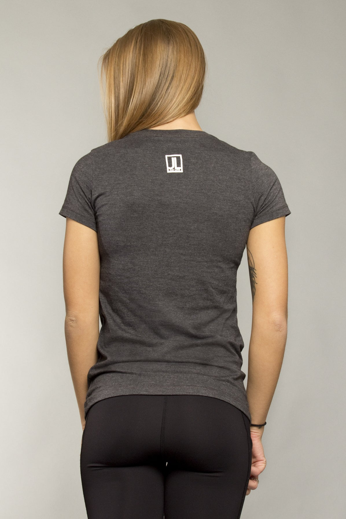 Womens Short Sleeve Besesaka Tee