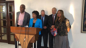 U.S. Congresswoman Maxine Waters, actor Danny Glover make impromptu visit to Haiti