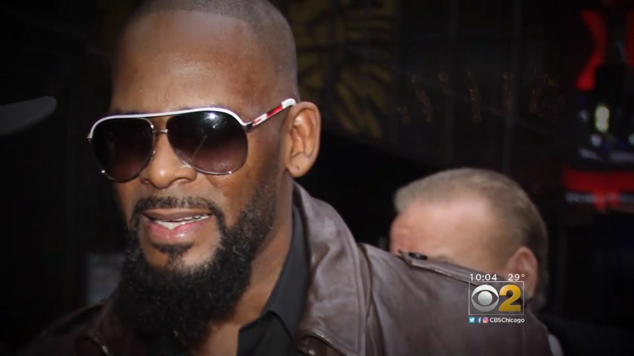 R. Kelly Charged With 10 Counts of Aggravated Criminal Sexual Abuse: Report