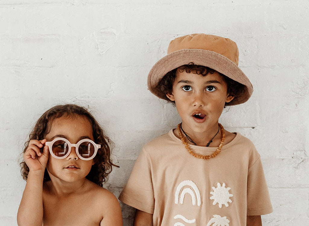 Reversible Tan Bucket Hat Pink sustainable sunnies