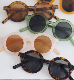 kid sunglasses 100% Recycled Plastics