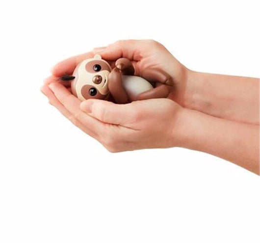 Fingerlings Interactive Baby Sloth - Limited Edition