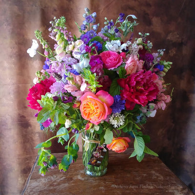 Superb Deluxe Seasonal Flower Arrangement -